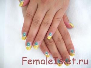 цветочки на ногтях