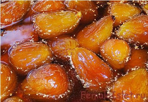 фрукты в меду