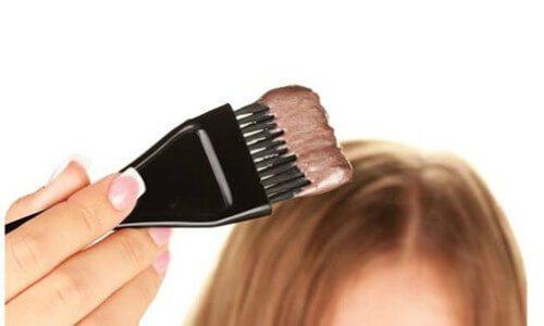 shutterstock-117711088-hair-dye_c1_w555